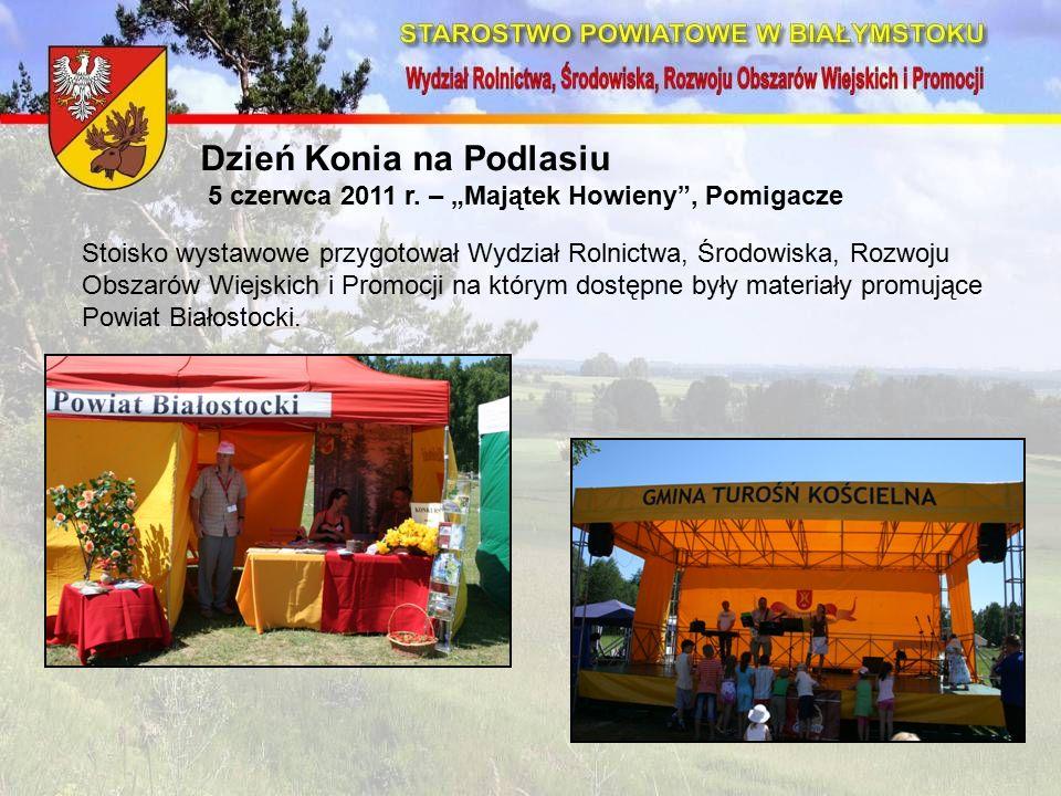 Stoisko wystawowe przygotował Wydział Rolnictwa, Środowiska, Rozwoju Obszarów Wiejskich i Promocji na którym dostępne były materiały promujące Powiat Białostocki.