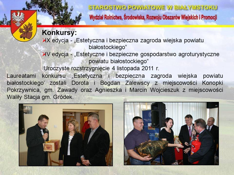 """Laureatami konkursu """"Estetyczna i bezpieczna zagroda wiejska powiatu białostockiego' zostali Dorota i Bogdan Zalewscy z miejscowości Konopki Pokrzywnica, gm."""