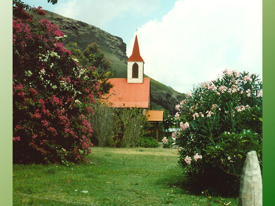 Ua Pou (także Ua Pu) leży około 59 km na południe od wyspy Nuku Hiva.