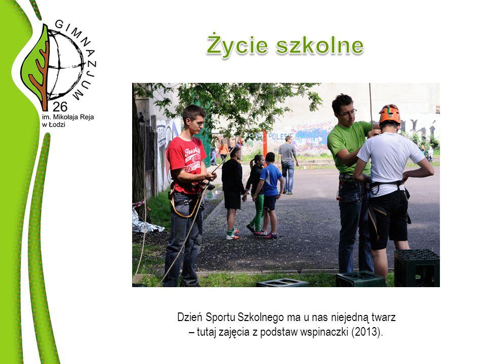 Dzień Sportu Szkolnego ma u nas niejedną twarz – tutaj zajęcia z podstaw wspinaczki (2013).
