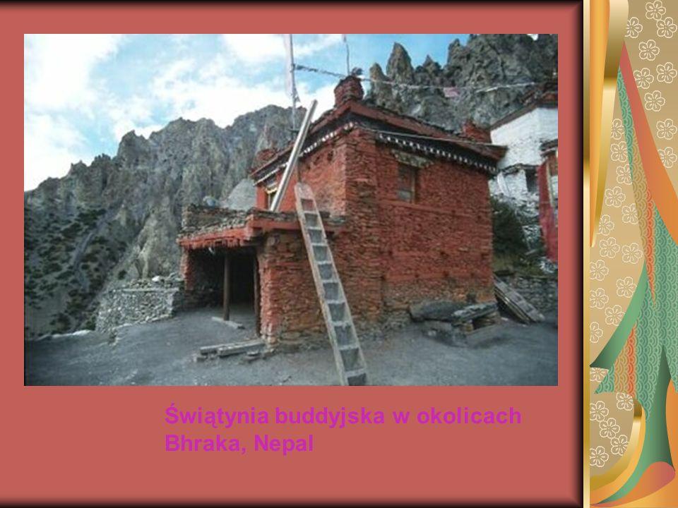Świątynia buddyjska w okolicach Bhraka, Nepal