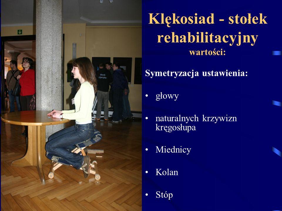 """Stojąc przestrzegaj zasadę """"stoimy prosto stopy równolegle wewnętrznymi krawędziami zachowujemy oś pośrodkową ciała"""