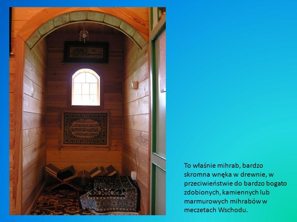 Modlitwy zaczerpnięte są z tzw.,,chamaiłów będących odpowiednikiem brewiarzy oraz z koranicznego tekstu.
