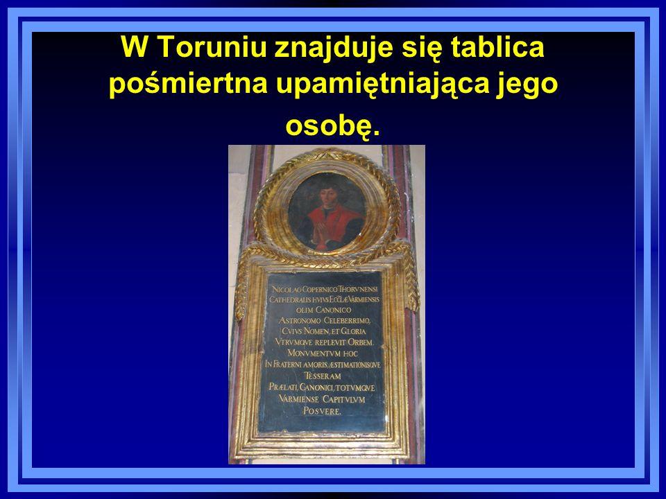 W Toruniu znajduje się tablica pośmiertna upamiętniająca jego osobę.