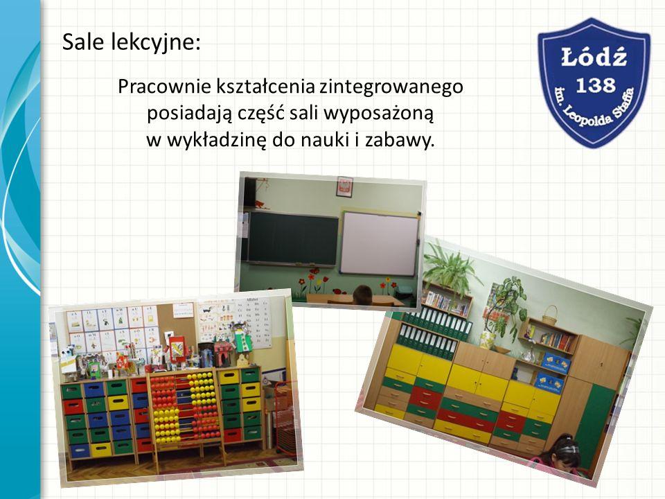 Sale lekcyjne: Pracownie kształcenia zintegrowanego posiadają część sali wyposażoną w wykładzinę do nauki i zabawy.