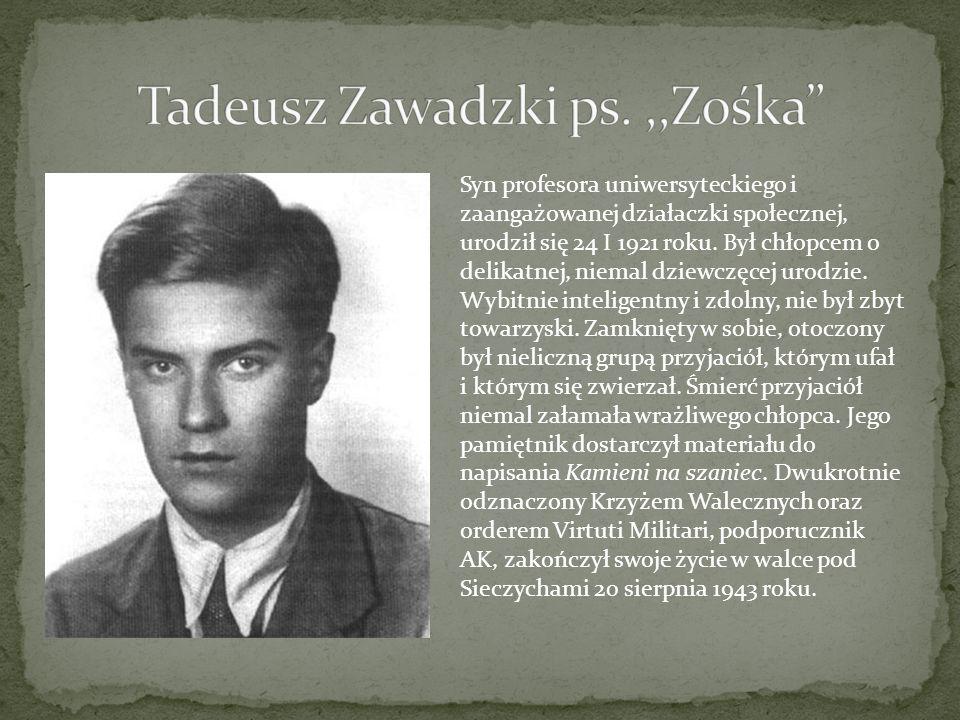 Syn profesora uniwersyteckiego i zaangażowanej działaczki społecznej, urodził się 24 I 1921 roku. Był chłopcem o delikatnej, niemal dziewczęcej urodzi