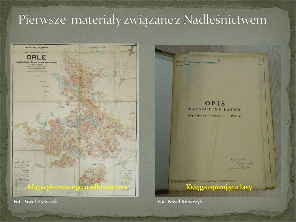 Mapa pierwszego nadleśnictwaKsięga opisująca lasy Fot. Paweł Krawczyk