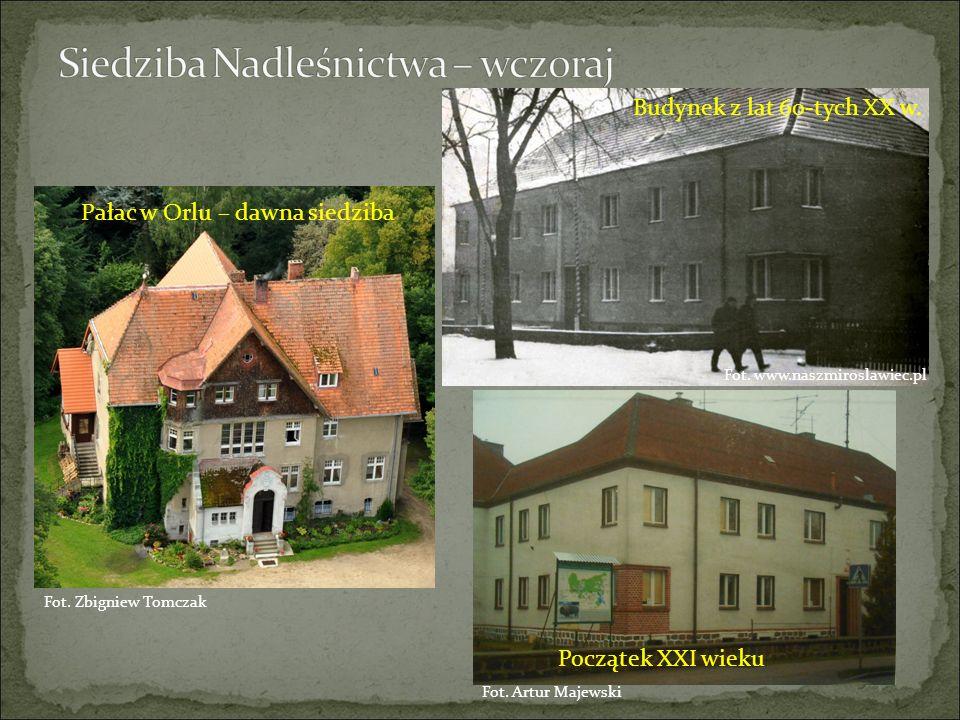 Pałac w Orlu – dawna siedziba Budynek z lat 60-tych XX w. Początek XXI wieku Fot. Zbigniew Tomczak Fot. Artur Majewski Fot. www.naszmiroslawiec.pl