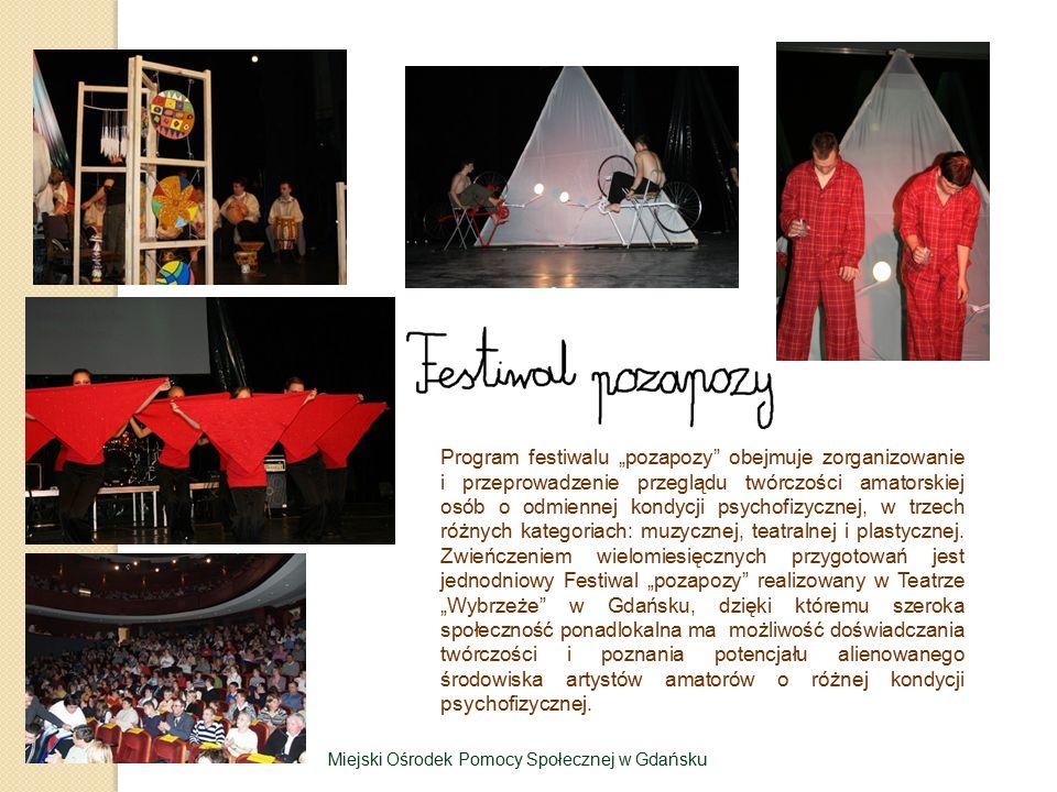 """Program festiwalu """"pozapozy obejmuje zorganizowanie i przeprowadzenie przeglądu twórczości amatorskiej osób o odmiennej kondycji psychofizycznej, w trzech różnych kategoriach: muzycznej, teatralnej i plastycznej."""