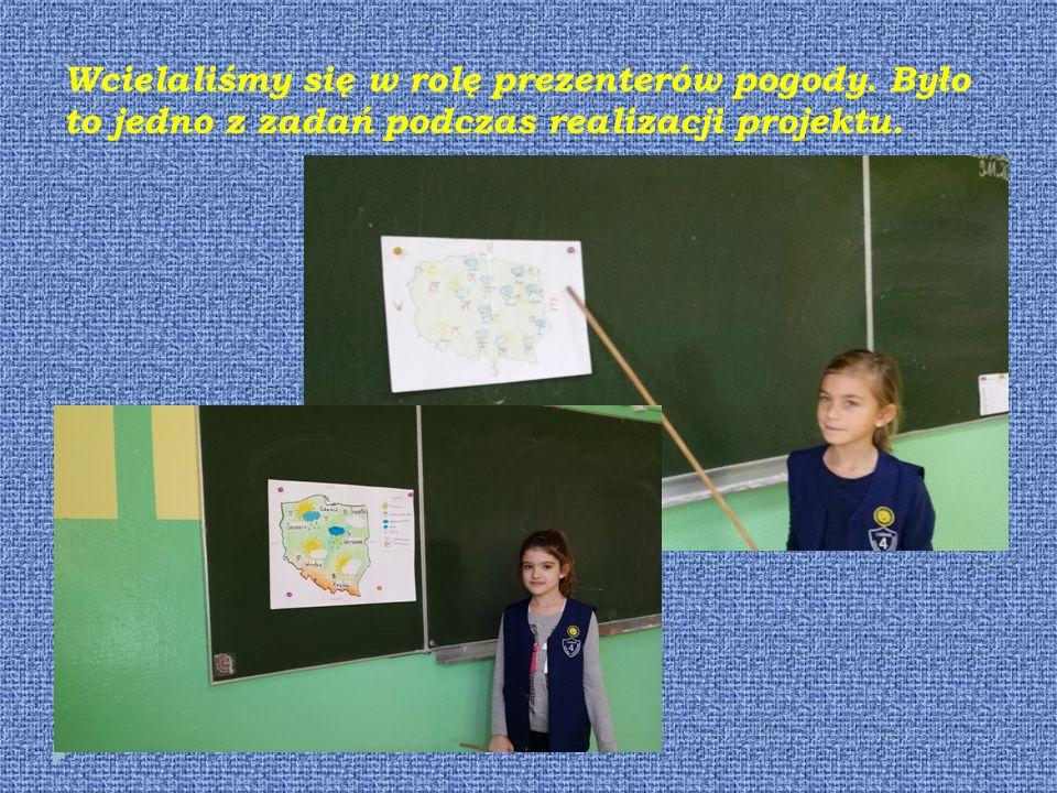 Uczestniczyliśmy w zajęciach, na których poznaliśmy obrzędy związane z wywoływaniem deszczu.