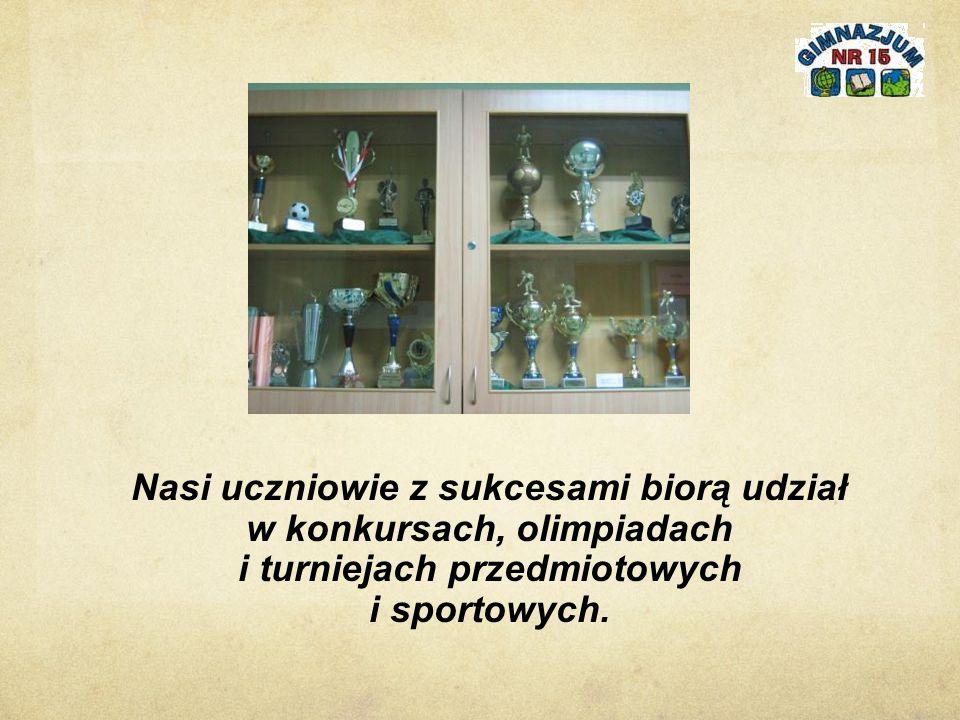 Nasi uczniowie z sukcesami biorą udział w konkursach, olimpiadach i turniejach przedmiotowych i sportowych.