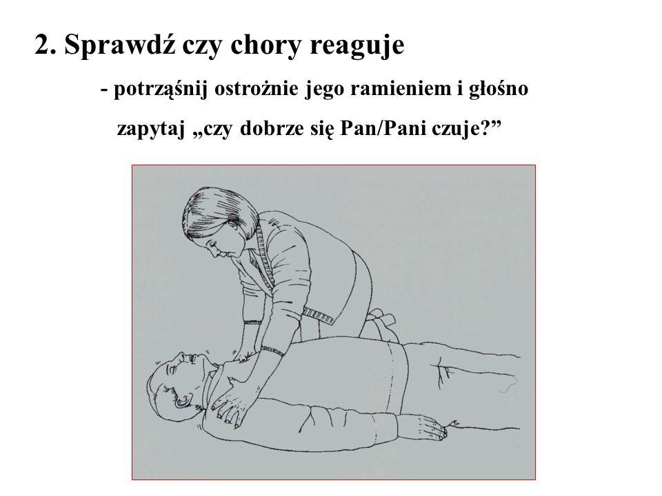"""2. Sprawdź czy chory reaguje - potrząśnij ostrożnie jego ramieniem i głośno zapytaj """"czy dobrze się Pan/Pani czuje?"""""""