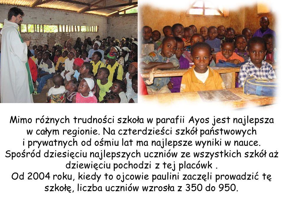 Mimo różnych trudności szkoła w parafii Ayos jest najlepsza w całym regionie.