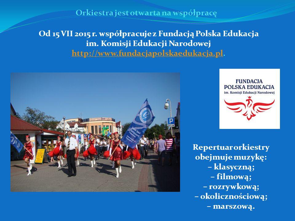 Podczas prób w poniedziałki i środy w godz. 18.00-20.00 oraz warsztatów muzyczno- -tanecznych.