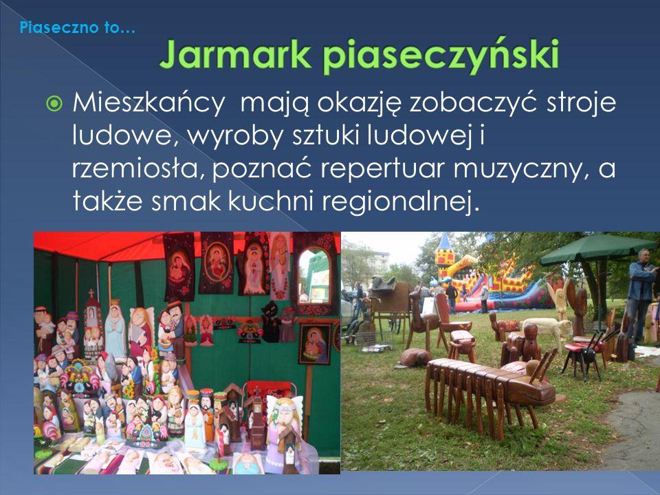  Mieszkańcy mają okazję zobaczyć stroje ludowe, wyroby sztuki ludowej i rzemiosła, poznać repertuar muzyczny, a także smak kuchni regionalnej.