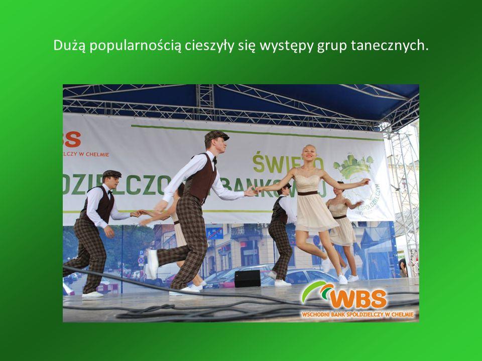 Dużą popularnością cieszyły się występy grup tanecznych.