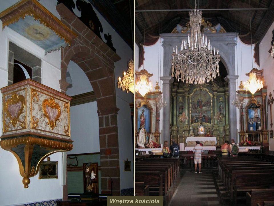 Jeden z obrazów zrobiony z płytek azulejos w Nossa Seniora de Monte