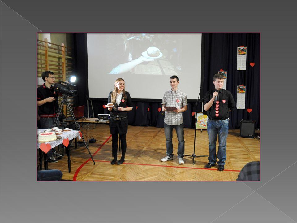 Przedstawiciele Samorządu Uczniowskiego aktywnie uczestniczyli w przygotowaniu ślubowania klas pierwszych oraz Dniu Edukacji Narodowej