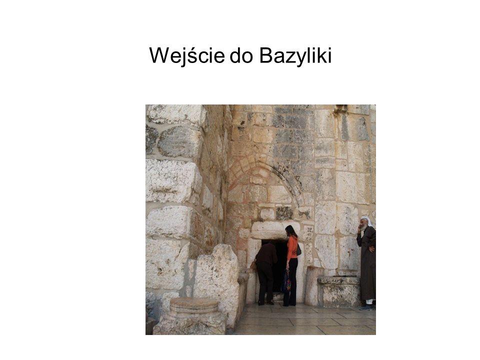 Wejście do Bazyliki
