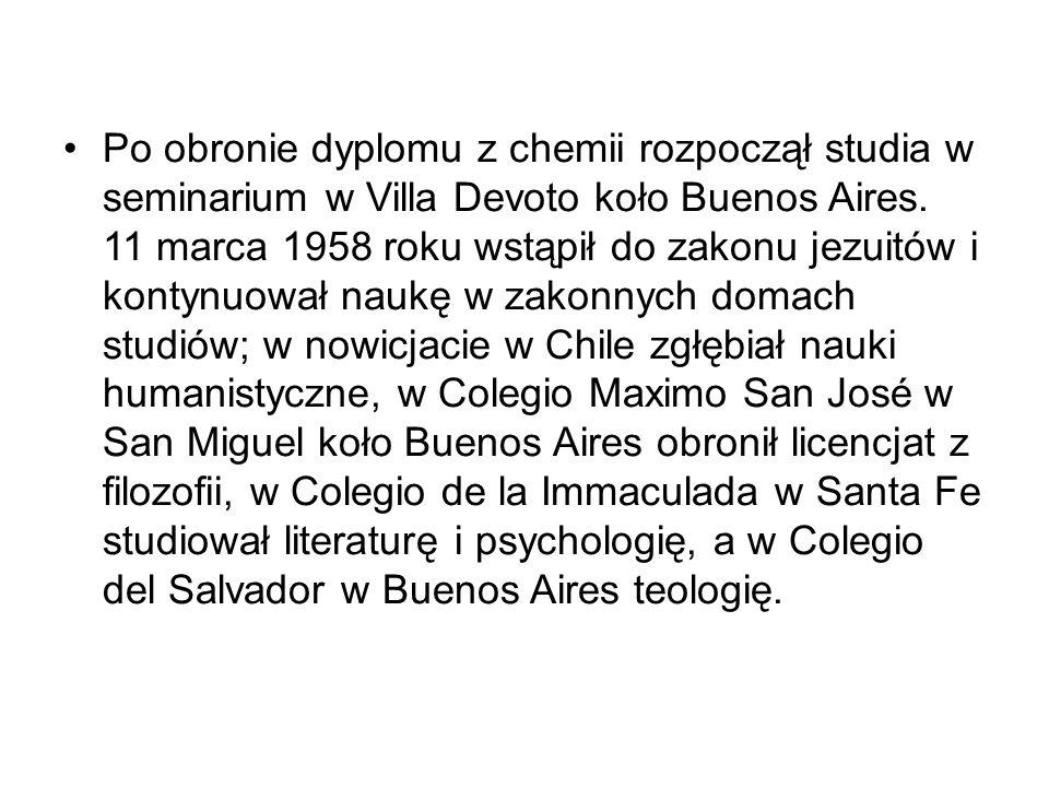 Po obronie dyplomu z chemii rozpoczął studia w seminarium w Villa Devoto koło Buenos Aires.