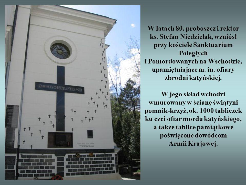 Kościół pw. św. Karola Boromeusza powstał w latach 1790-93 według projektu Dominika Merliniego, z fundacji króla Stanisława Poniatowskiego i jego brat