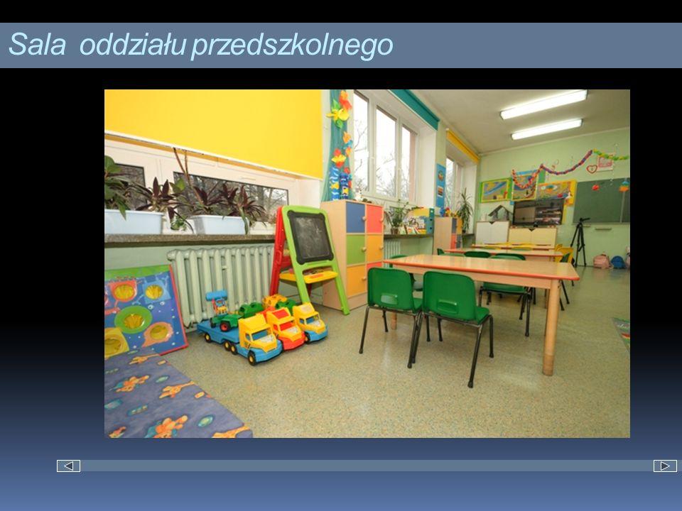 Osiągnięcia Nasza szkoła otrzymała podziękowania od Prezydenta Miasta Łodzi za wyróżniającą pracę dydaktyczną i znaczący wzrost wyników uczniów na sprawdzianach organizowanych przez Okręgową Komisję Egzaminacyjną w 2011 roku.