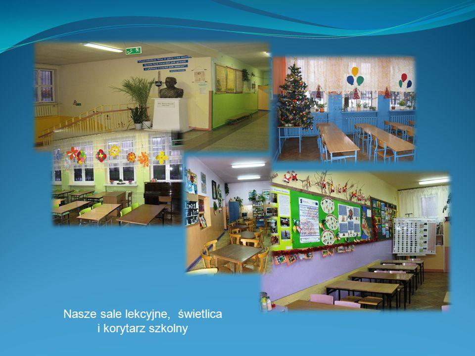 W naszej szkole uczymy się, występujemy w chórze, bierzemy udział w obchodach świąt narodowych.