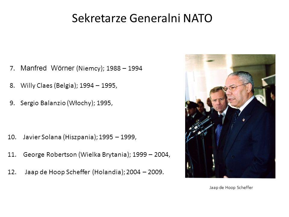 Sekretarze Generalni NATO 7.