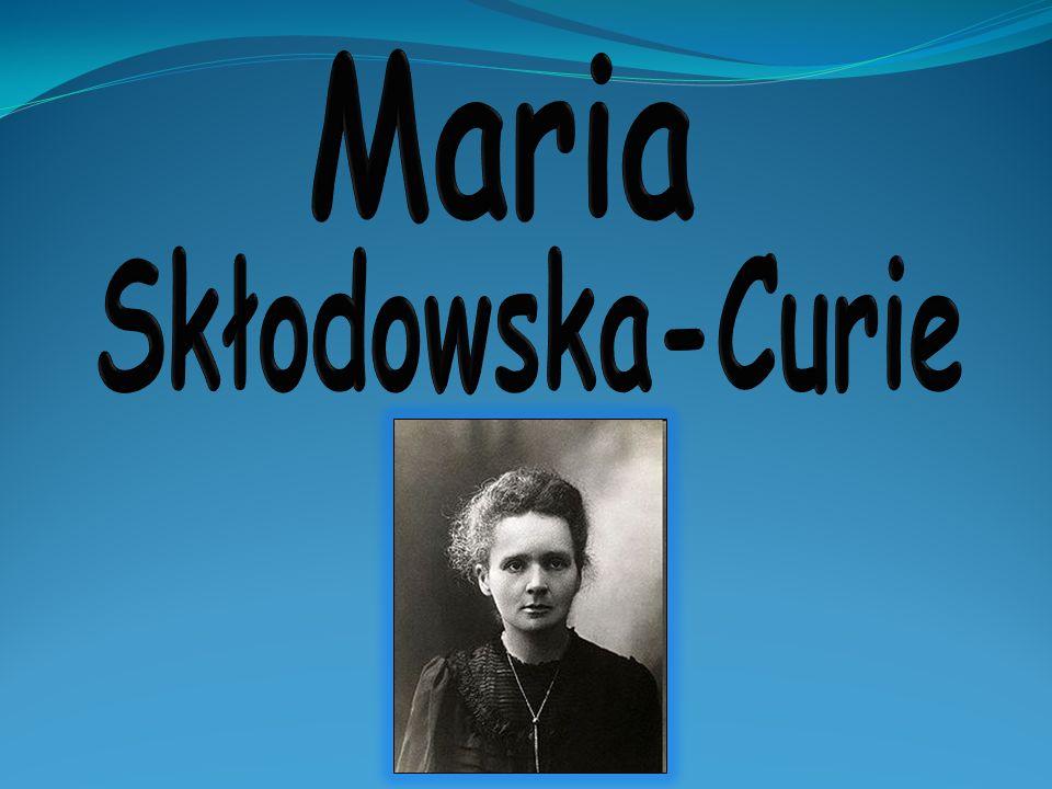 Jest pierwszą kobietą będącą profesorem Sorbony.