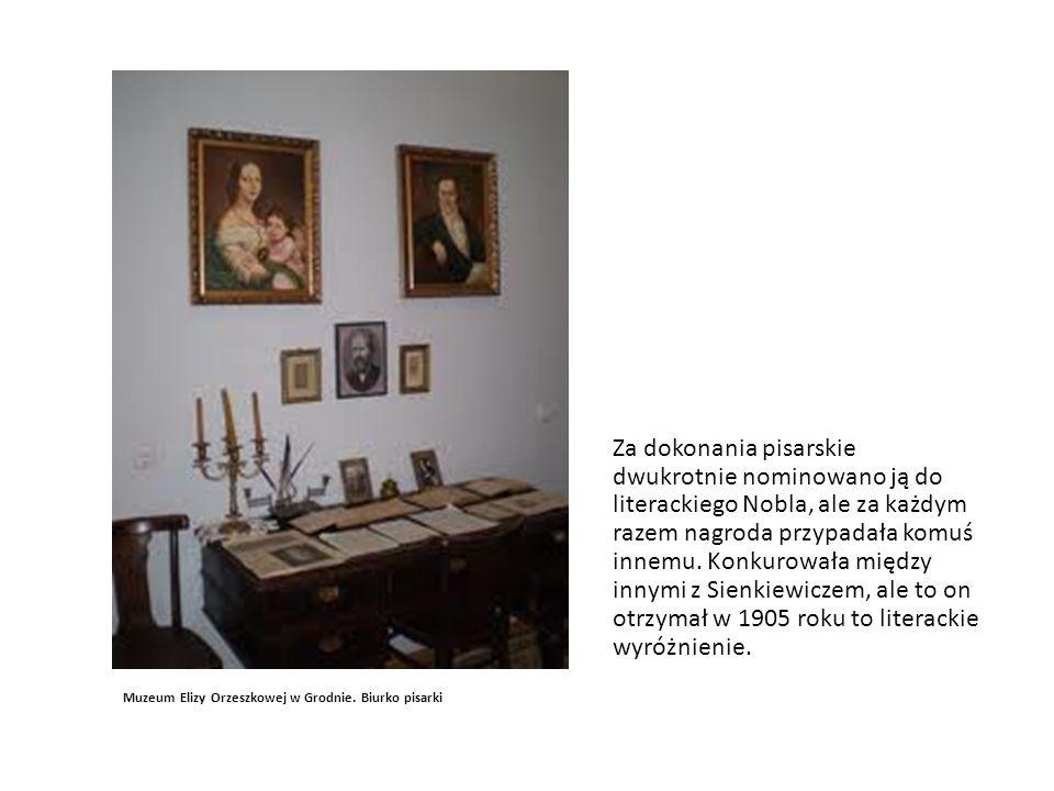 Portret pisarki U schyłku życia poza pisarstwem zajmowała się działalnością charytatywną i oświatową.