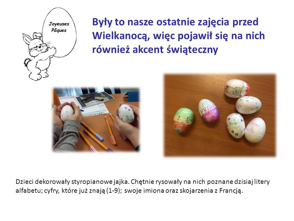 Były to nasze ostatnie zajęcia przed Wielkanocą, więc pojawił się na nich również akcent świąteczny Dzieci dekorowały styropianowe jajka.