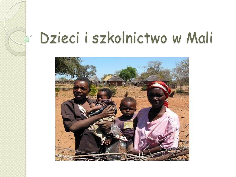 Dzieci i szkolnictwo w Mali