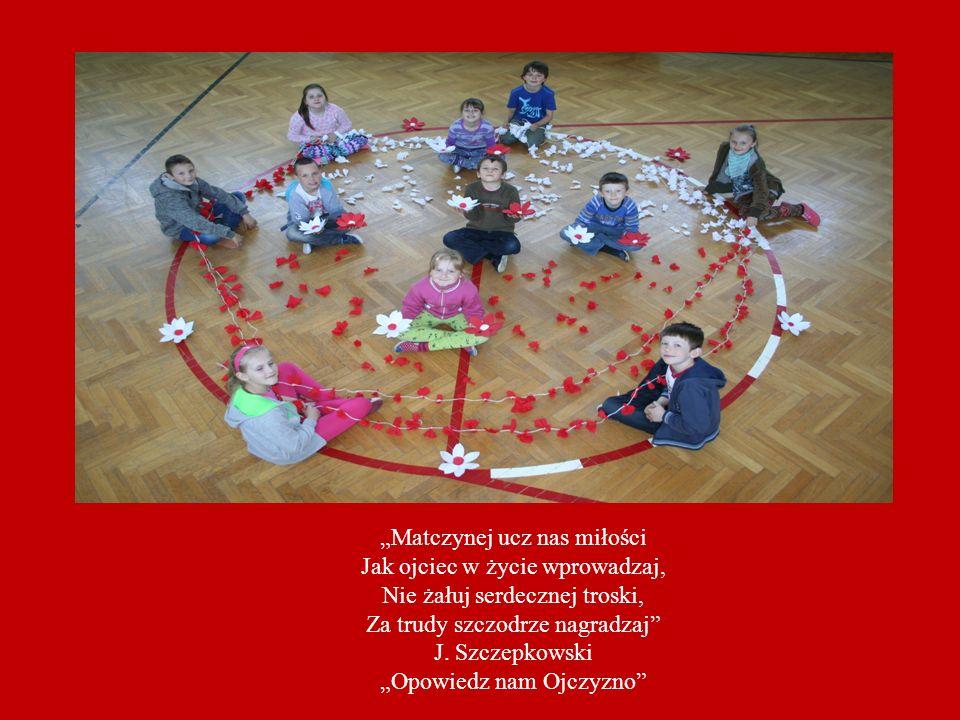 My – Uczniowie Szkoły Podstawowej w Downarach Ojczyznę w swych serduszkach mamy!