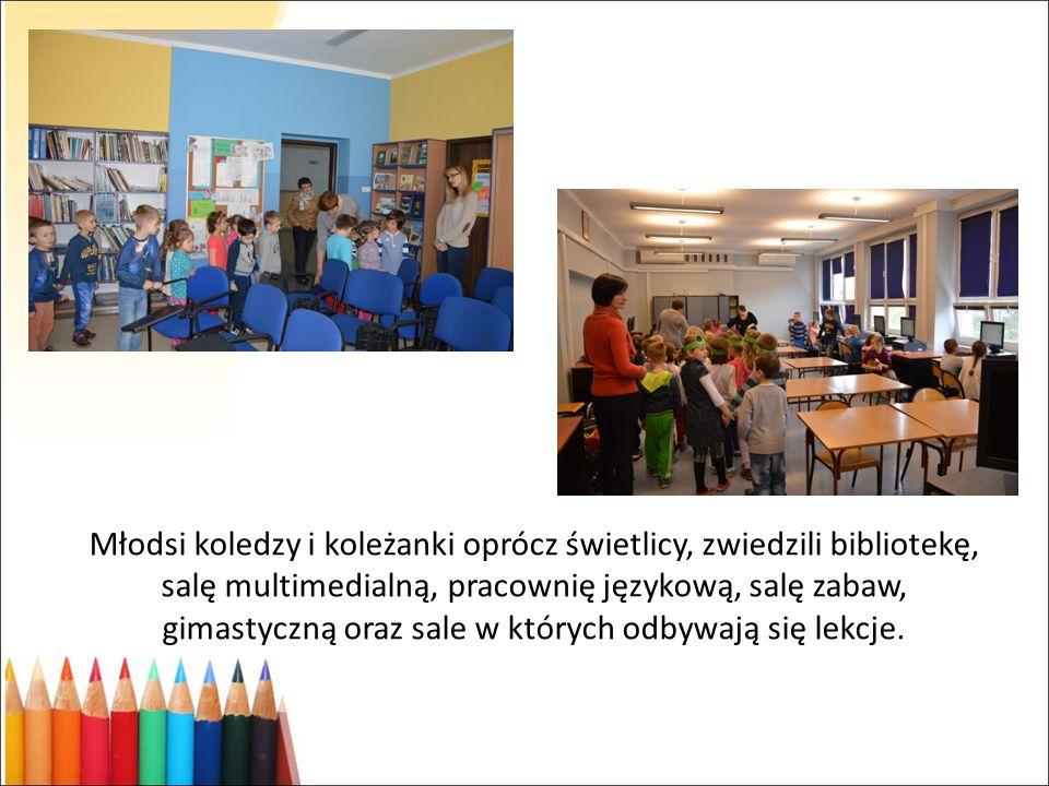 Młodsi koledzy i koleżanki oprócz świetlicy, zwiedzili bibliotekę, salę multimedialną, pracownię językową, salę zabaw, gimastyczną oraz sale w których odbywają się lekcje.