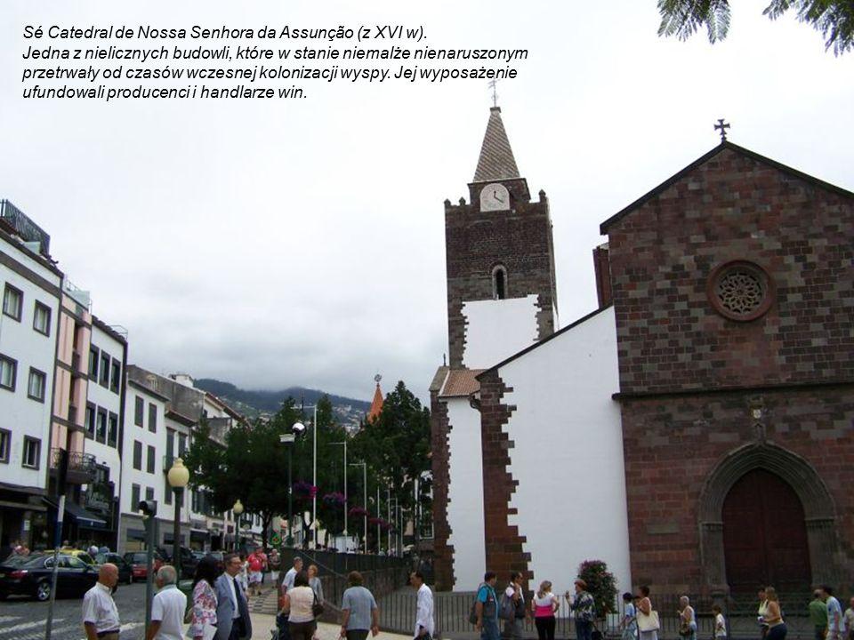 Promenada Aveniada do Mar nad Atlantykiem ma ponad dwa kilometry