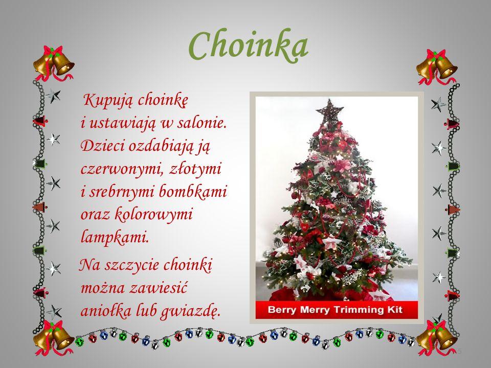 Dekoracje bożonarodzeniowe Ludzie dekorują swoje domy kartkami świątecznymi, ostrokrzewem oraz ozdobami papierowymi – dzwonkami, łańcuchami i gwiazdam