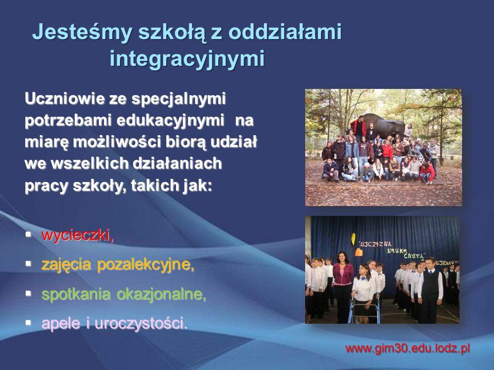 """Realizujemy wiele projektów: ● szkolnych ● szkolnych ● międzyszkolnych ● międzyszkolnych ● międzynarodowych ● międzynarodowych  """"Bliżej Mickiewicza  """"Lubimy szkołę – nie wagarujemy  """"Moja firma  """"Trzydziestka stawia na zdrowie  """"Porozmawiajmy."""