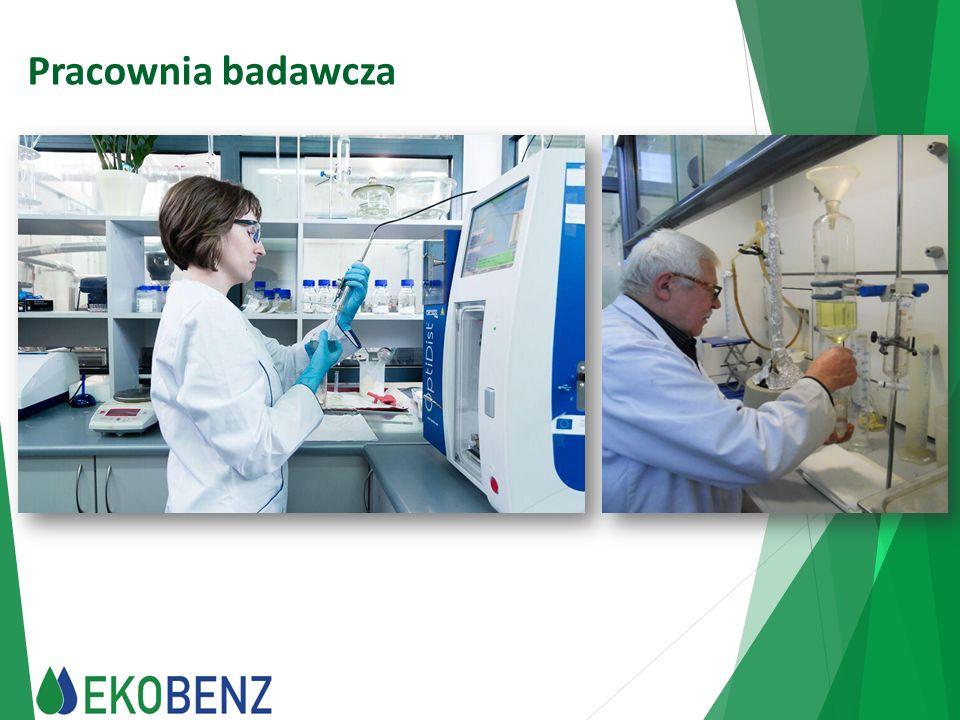 Otrzymywany produkt W procesie technologicznym otrzymywana jest: mieszanina węglowodorów ciekłych w zakresie temperatury wrzenia ok.