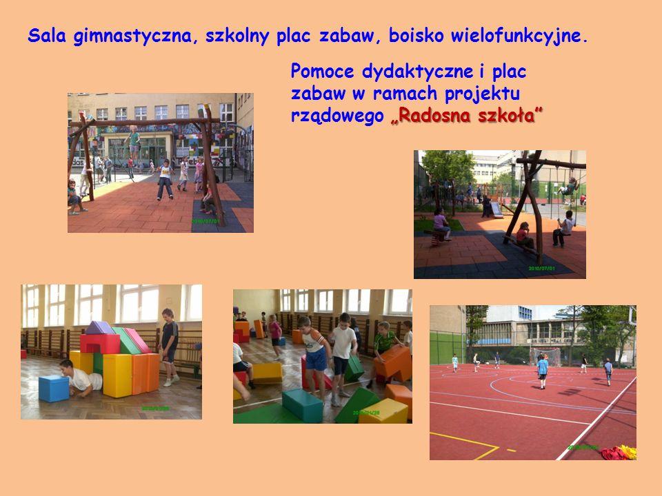 Sala gimnastyczna, szkolny plac zabaw, boisko wielofunkcyjne.