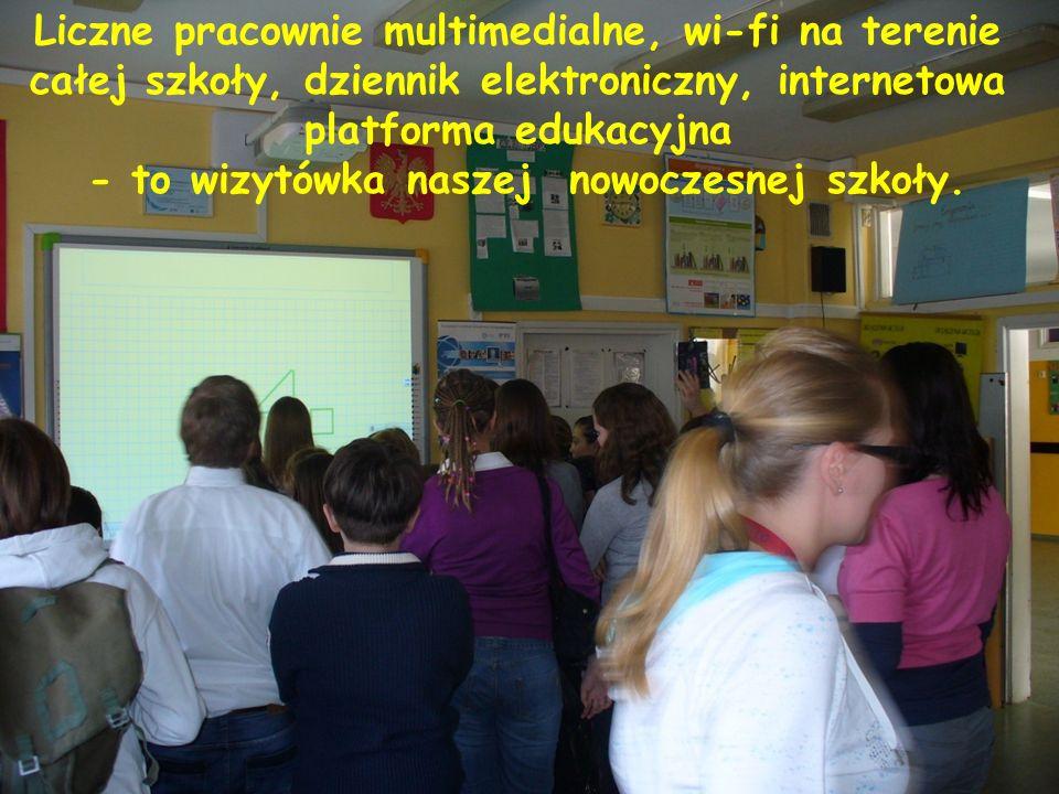 Liczne pracownie multimedialne, wi-fi na terenie całej szkoły, dziennik elektroniczny, internetowa platforma edukacyjna - to wizytówka naszej nowoczesnej szkoły.