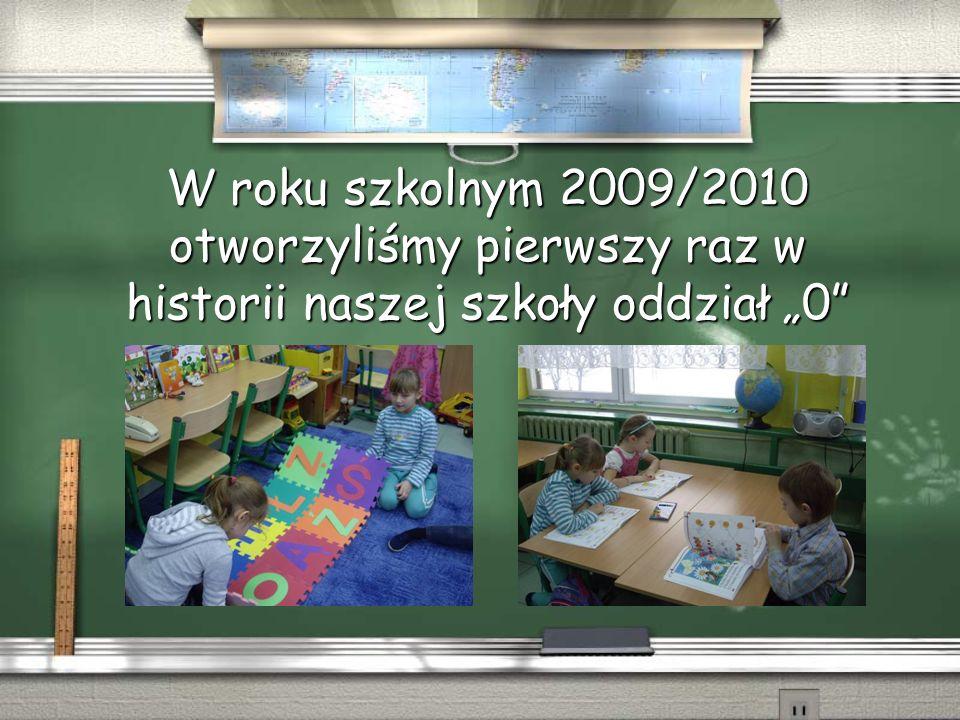 Uczniowie klas szóstych mają organizowane dodatkowe zajęcia przygotowujące do końcowego sprawdzianu tzw.