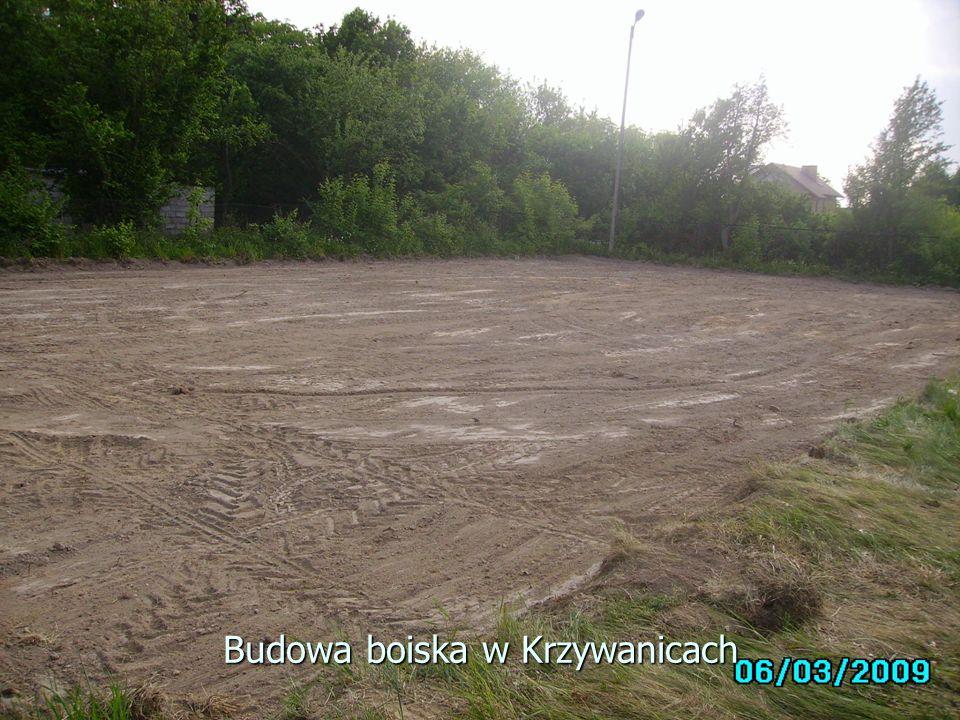 Budowa boiska w Krzywanicach