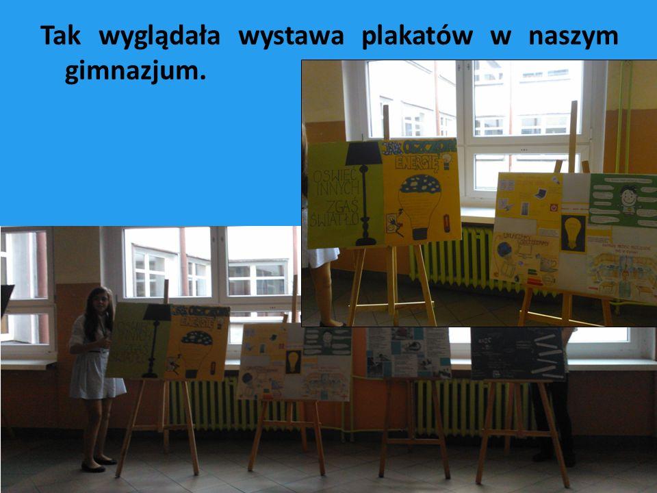 Tak wyglądała wystawa plakatów w naszym gimnazjum.