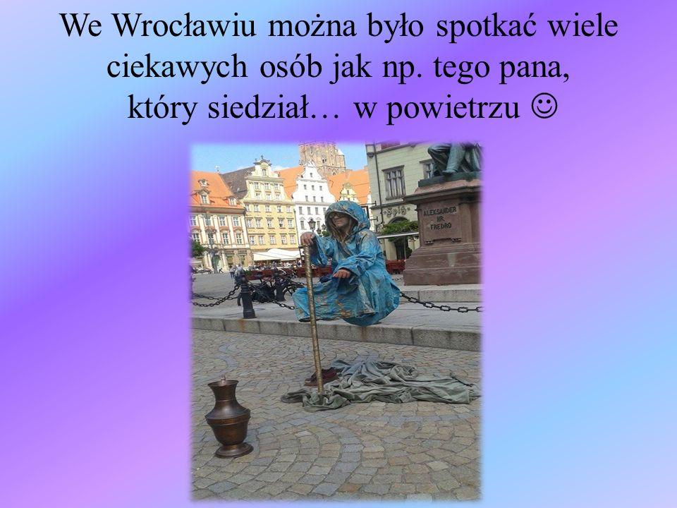 We Wrocławiu można było spotkać wiele ciekawych osób jak np. tego pana, który siedział… w powietrzu