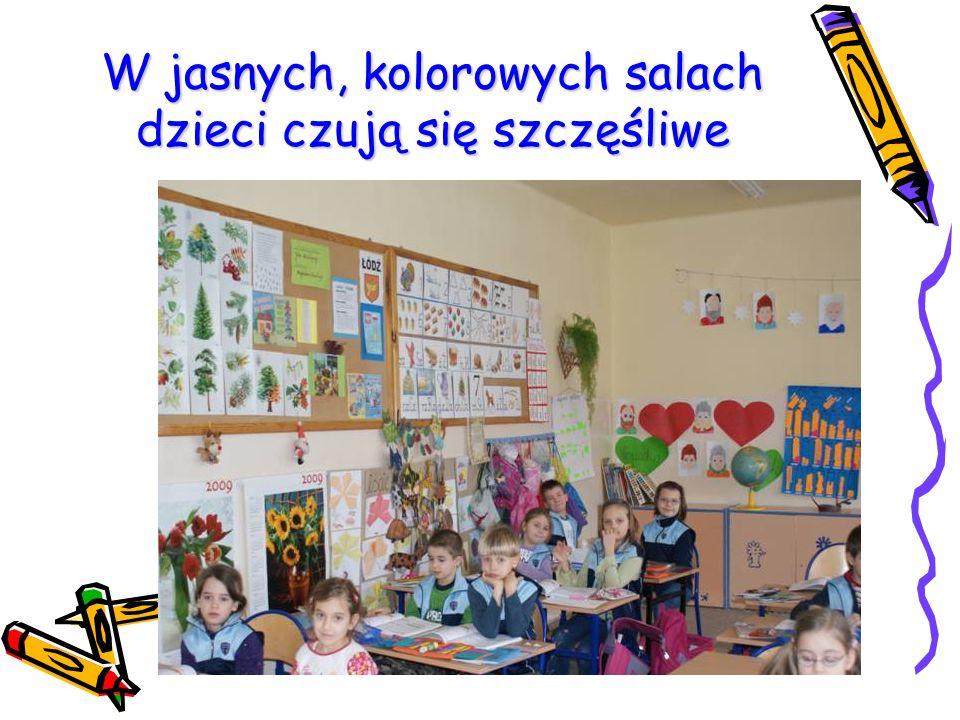 W jasnych, kolorowych salach dzieci czują się szczęśliwe