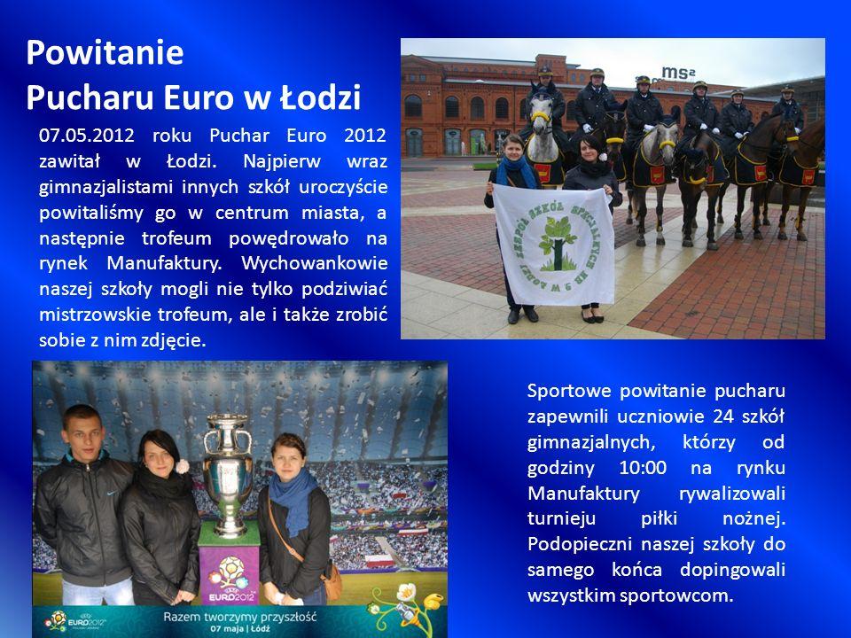 Powitanie Pucharu Euro w Łodzi Sportowe powitanie pucharu zapewnili uczniowie 24 szkół gimnazjalnych, którzy od godziny 10:00 na rynku Manufaktury rywalizowali turnieju piłki nożnej.