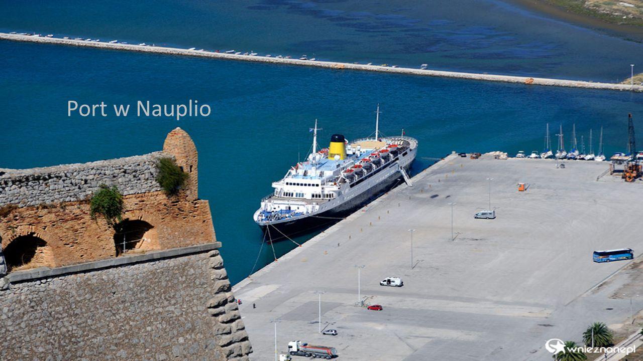 Port w Nauplio