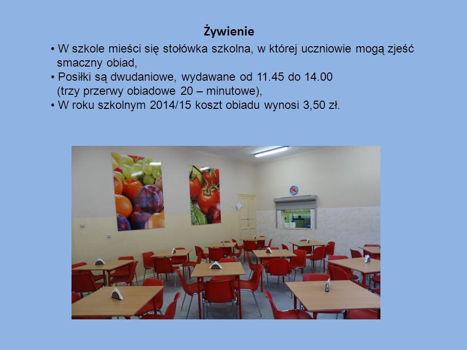 Żywienie W szkole mieści się stołówka szkolna, w której uczniowie mogą zjeść smaczny obiad, Posiłki są dwudaniowe, wydawane od 11.45 do 14.00 (trzy pr