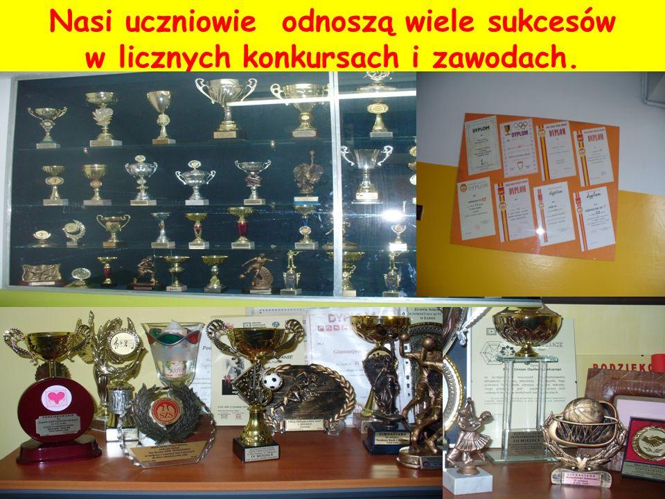 Nasi uczniowie odnoszą wiele sukcesów w licznych konkursach i zawodach.