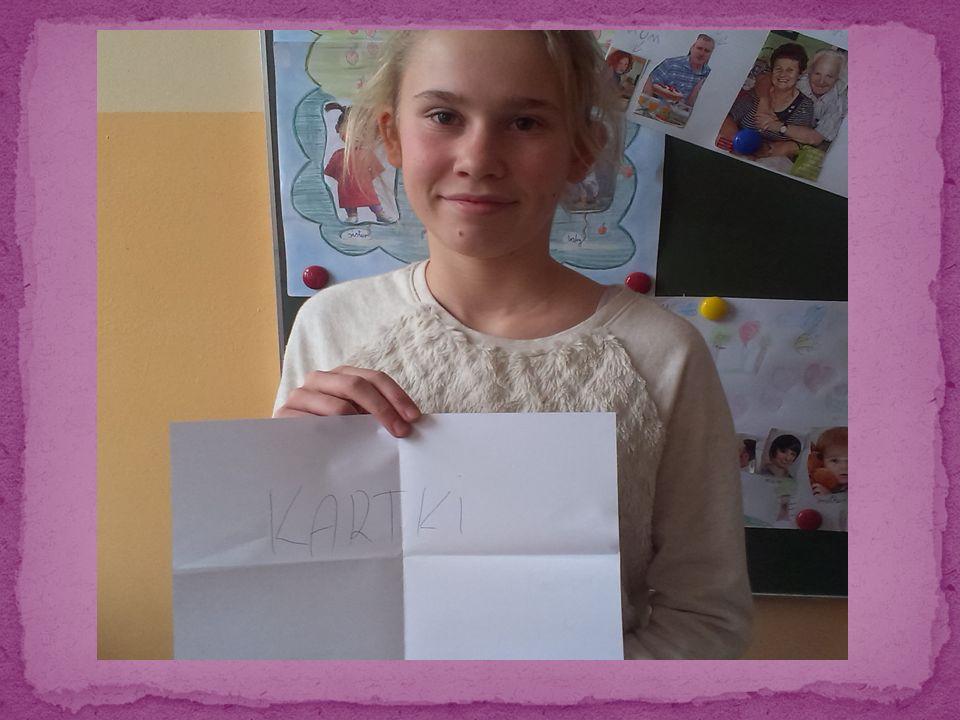 Nasze kartki z życzeniami, które ułożyłyśmy zostały wysłane przyjaciołom naszej szkoły.